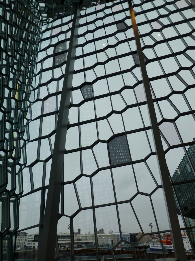 Shapes of Harpa 1