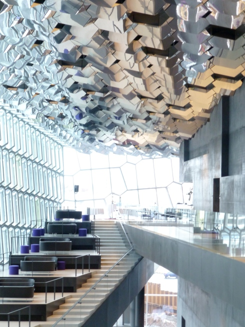 Shapes of Harpa 3